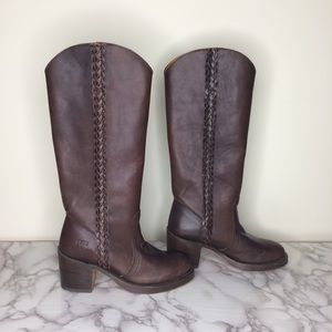 Frye Campus braided leather boots